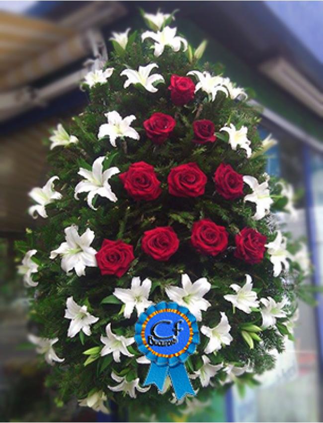 Coroana funerara Crini Imperiali si Trandafiri
